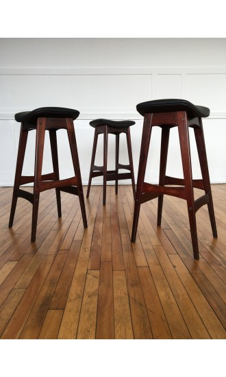 Set of Three Midcentury Danish Rosewood Counter Bar Stools by Johannes Andersen for BRDR Andersen in new leather