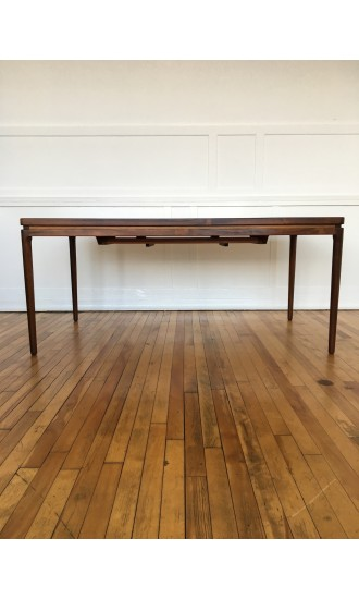 Mid Century Danish Rosewood Extending Dining Table by Johannes Andersen for Christian Linneberg