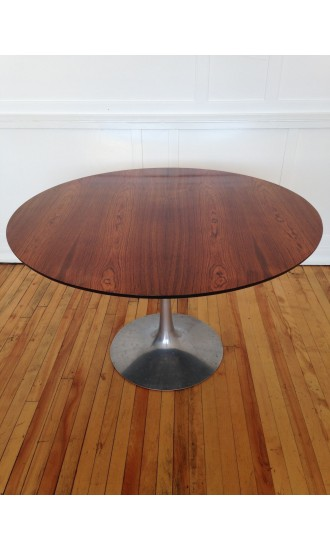 Midcentury Round Rosewood and Aluminium Tulip Dining Table by Maurice Burke for Arkana