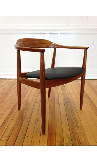 Midcentury Danish Elm Armchair / Desk Chair by Illum Wikkelso for Niels Eilersen