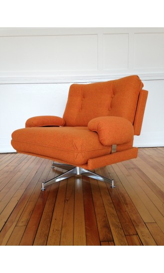 Howard Keith Kohinoor Swivel Armchair 1970's Midcentury Bute Wool