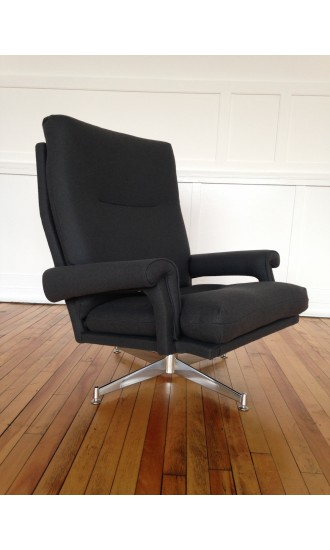 Vintage Retro Howard Keith swivel chair