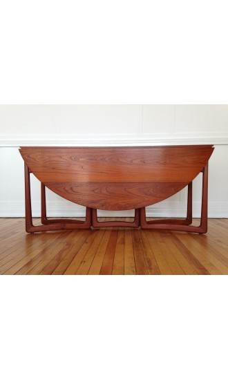 Midcentury Danish Teak Dining Table by Peter Hvidt & Orla Molgaard-Nielsen for France & Daverkosen (France & Son)