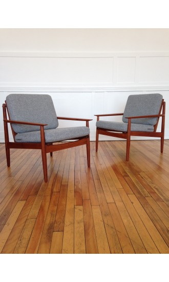 Pair of Mid-Century Danish Armchairs by Arne Vodder for Glostrup