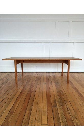 Midcentury Danish Oak Coffee Table Model AT-15 by Hans Wegner for Andreas Tuck