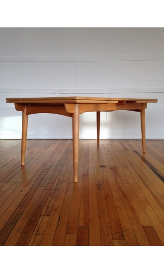 Rare Midcentury Danish Oak Extra Large Extending Dining Table Model AT-312 by Hans Wegner for Andreas Tuck