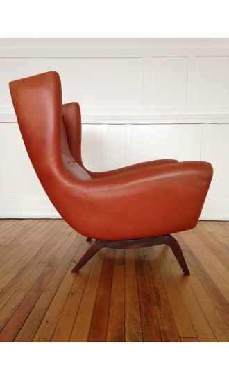 Midcentury Danish Leather and Rosewood Armchair Lounge Chair Model 110 by Illum Wikkelso for Soren Willadsen